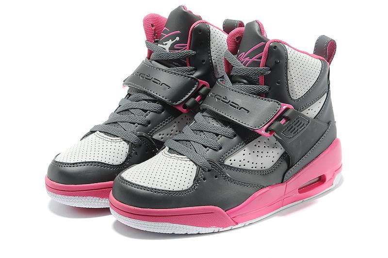 chaussur jordan pour fille