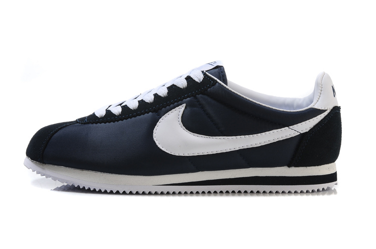nike cortez leather,nike pas cher homme,chaussures hommes nike